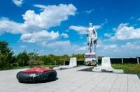 Памятник-павшим-воинам-погибшим-в-1941-1945-гг.-п.-Аблязово